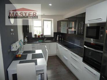EXKLUZÍVNE- MASTER REAL- Na Predaj 2-izbový byt, 55 m2, Handlová, okres Prievidza