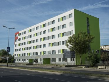 Prenájom 2 izb. bytu,Galvaniho-od 427€/m. s energ.