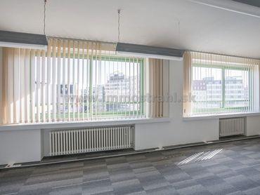 Reprezentatívny kancelársky priestor na predaj o ploche 56,11 m2 v objekte na Nám.SNP