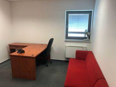 Prenájom kancelárie 16 m2 Next Záhradnícka Komárno