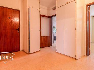 BEDES   3 izbový byt na prerábku, Ivana Krasku, Loggia