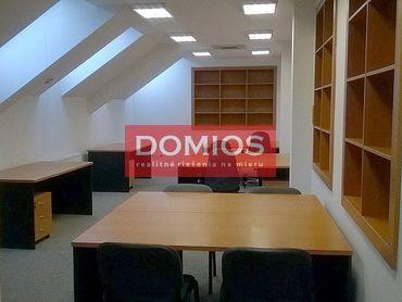 Prenájom klim. kancel. celku (118,50 m2, open space, 2. p., kuch., 2x WC, parking)