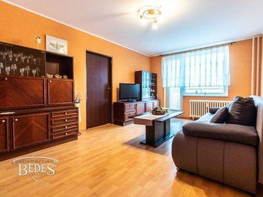 BEDES | 3 izbový byt v centre mesta s balkónom