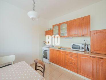 Rezervované - ZNÍŽENÁ CENA 3-izbový byt s loggiou vo výbornej lokalite