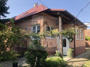 Rodinný dom s 2-bytovými jednotkami na predaj, Zavar, okres Trnava