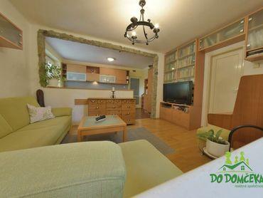 REZERVOVANÉ 3-izbový byt v tehlovom dome na ulici Wolkerova, Banská Bystrica