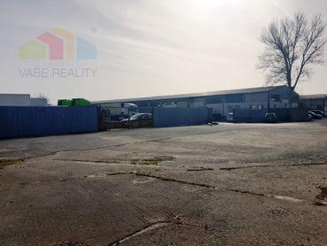 ** Na predaj priemyselný objekt s montovanou halou o rozlohe 1510 m2 a priľahlými pozemkami o výmere