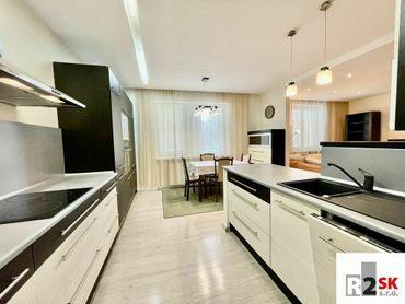 ‼️✳️ Prenajmeme 3 izbový zariadený byt, Žilina - centrum, ul. Rebubliky, LEN V R2 SK! ✳️