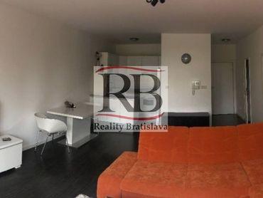 Na prenájom 2 izbový byt v novostavbe Koloseo na Tomášikovej ulici, v blízkosti Kuchajdy