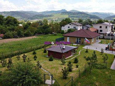 Rodinný dom 4+1, 2010m2 pozemku