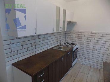 BV REAL na prenájom 3 izbový byt 65 m2 Prievidza M. Mišíka BV1011