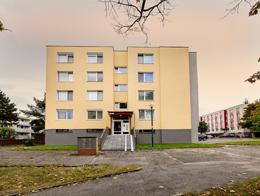 Predám 3 izbový byt na ulici Červeňákova 1