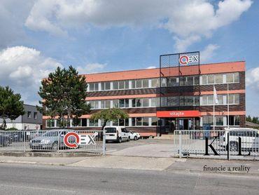 Administratívna budova v blízkosti diaľničného privádzača so 70 parkovacími miestami, Trenčín, Brnia