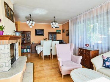 REZERVOVANÉ / Predaj - BIELY KOSTOL - 5 izbový rodinný dom s garážou na krásnom pozemku 1223 m2