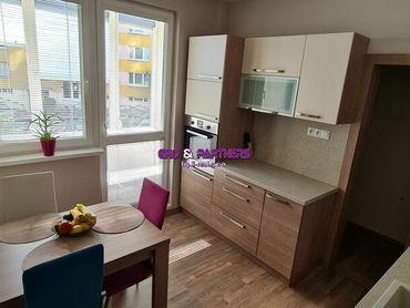 EXKLUZÍVNE !!! Ponúkame byt 3+1 v Žilina-Solinky