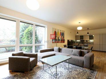 HERRYS - Na prenájom 3 izbový byt s terasou na Malinovej ulici v Starom Meste, parking