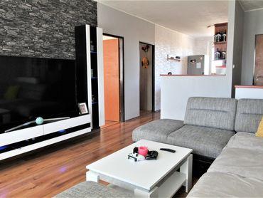 Priestranný 3 izbový byt NA PREDAJ!