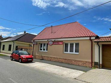 PREDAJ - širšie centrum mesta  Rodinný dom alebo Hostinec - ul. Vojanská - SEREĎ