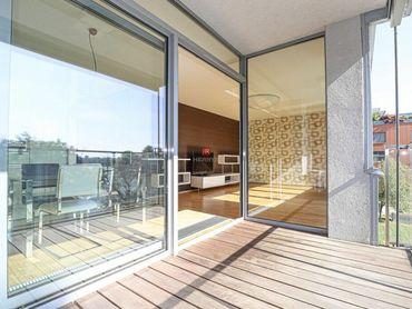 HERRYS - Na prenájom 3 izbového bytu s balkónom a výhľadom na Dunaj v obľúbenom projekte Karloveské