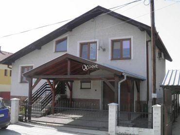 PREDAJ,priestranný 5i rodinný dom Gabčíkovo