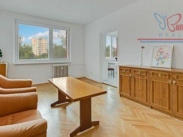 PREDAJ - priestranný 3-izbový byt na Teplickej ul. v Piešťanoch