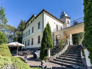 Vila grófa Esterházyho v Podbrezovej
