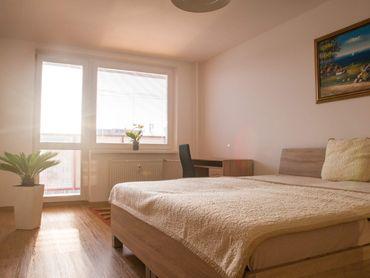 3 - izbový byt pri Auparku s výhľadom na mesto
