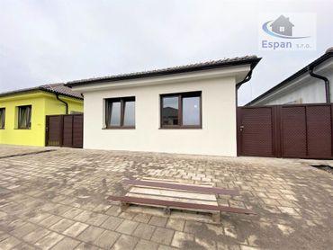 **TOP PONUKA: Komfortný telový bungalov na ul. E. Wiesnera v Malackách!!**
