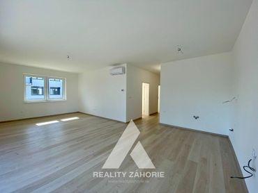 Na predaj 3i byt s predzáhradkou a terasou v štandard prevedení s klimatizáciou