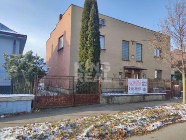 NA PREDAJ rodinný dom v dvojdome v centre Prešova vo vyhľadávanej štvrti Táborisko v blízkosti Fakul
