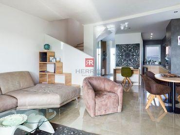 HERRYS - Na predaj kompletne zariadený dvojpodlažný 3 izbový rodinný dom so záhradou v Šamoríne