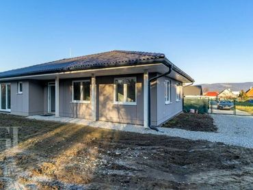 +REZEROVANE+ Moderny nízkoenergetický 4 izbový RD v Lužiankach.