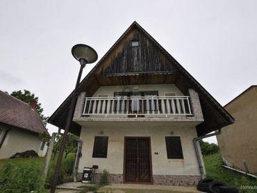 Na predaj chatka v Katastrálnom území obce Bátorové Kosihy okres KN