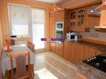 Predáme byt 3+1 v Považskej Bystrici  časť Rozkvet.