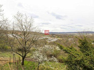 HERRYS, Predaj pozemku na Devíne s pekným výhľadom