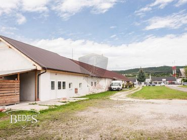 Predaj – priemyselný areál o ploche 4894m2, 2x objekty, Prievidza – Ukrniská (letisko)