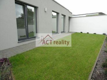 ACT REALITY: NOVOSTAVBA  4 izb. rodinného domu + 2 parkovacie miesta, Prievidza