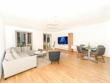Exkluzívny 2 izbový byt v rezidencii Hradný vrch v centre mesta - VIDEO