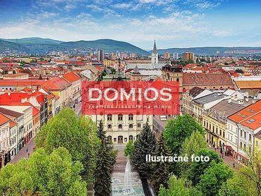 Predaj polyf. domu v pešej zóne v centre Košíc (500 m2, dvor)