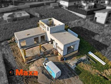 Novostavba nadštandardného rodinného domu, sídlisko Sever, Prievidza