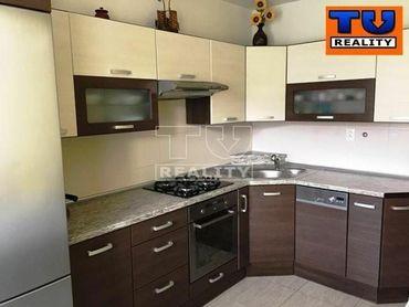 Na predaj 3 izbový byt v Sásovej, BB o rozlohe 70 m2