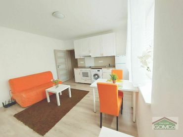 Svetlý, útulný 2 izbový byt v tichej lokalite na skok od centra