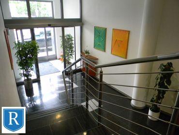 IMPREAL »»»  Staré Mesto »»  Kancelárske priestory, celé jedno podlažie v administratívnej budove (