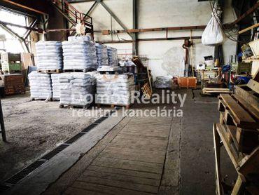 HALY- Výrobné, skladové, opravárenské 200 m2 a 409 m2 s kúrením a žeriavom, PD – Priemyselná zóna