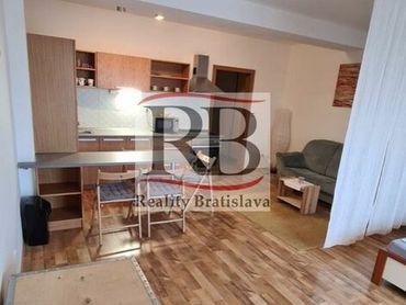 Na prenájom 1 izbový byt s garážovým státím na Budatínskej ulici v Petržalke, BAV