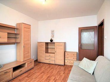 BOND REALITY - Prenájom slnečný 1 izbový byt na Bieloruskej ul.