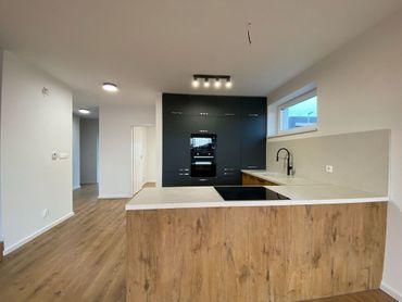 TRNAVA REALITY s.r.o. ponúka 5 izbové rodinné domy v Nitre - Klokočina