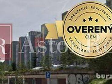 Hľadám pre nášho klienta 3-izbový byt v Ružomberku - Klačno
