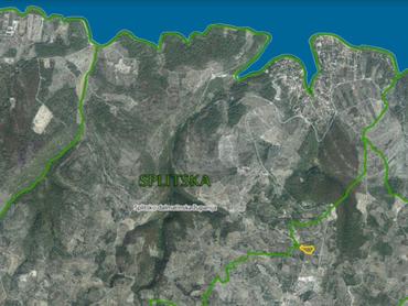 Nádherný stavebný pozemok na ostrove Brač - 49.000 € veľkosť pozemku je 6179 m2