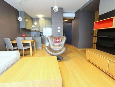 HERRYS - na prenájom 2 izbový byt v Panorama City s výhľadom na hrad